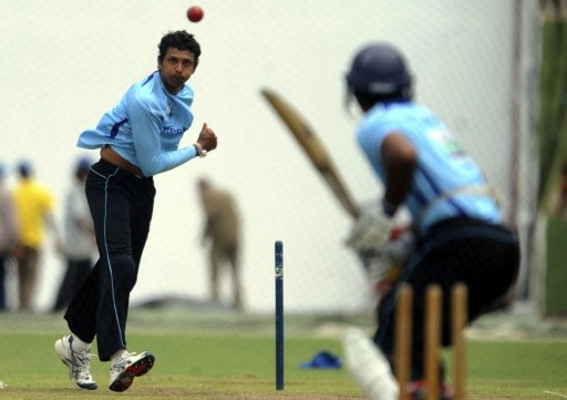 Suraj Randiv in the nets.