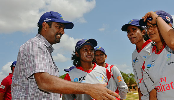 Muttiah Muralitharan witnessed the finals at the IODR Oval in Oddusuddan. © Murali Cup