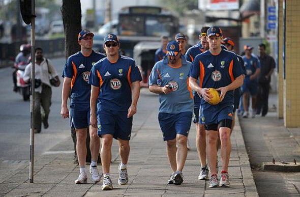 Australian cricket team on Galle Rd, Colombo.