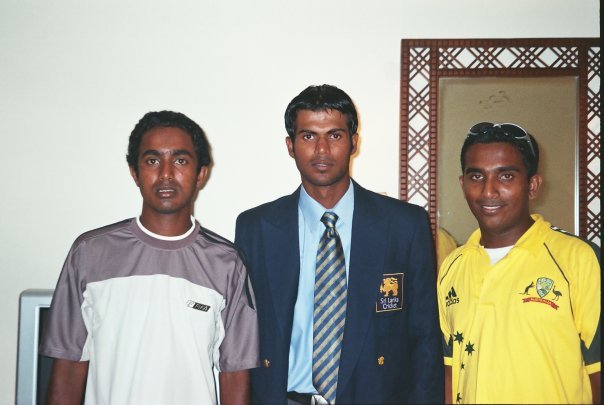 Upul Tharanga with fans