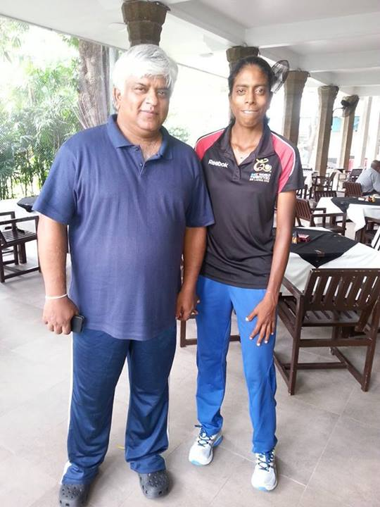Yasoda Mendis poses with Arjuna Ranatunga