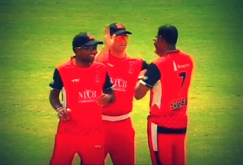 Mahela celebrating a wicket with his T&T team mates