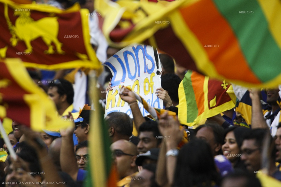 Sri Lankan cricket fans out in full force at the MCG