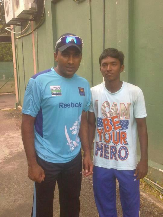 Mahela with young spinner Akila Dhananjaya Perera