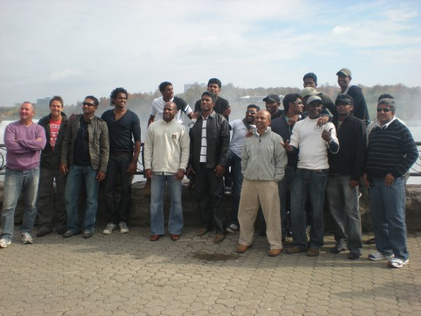 Sri Lankan cricketers at Niagara Falls, Canada