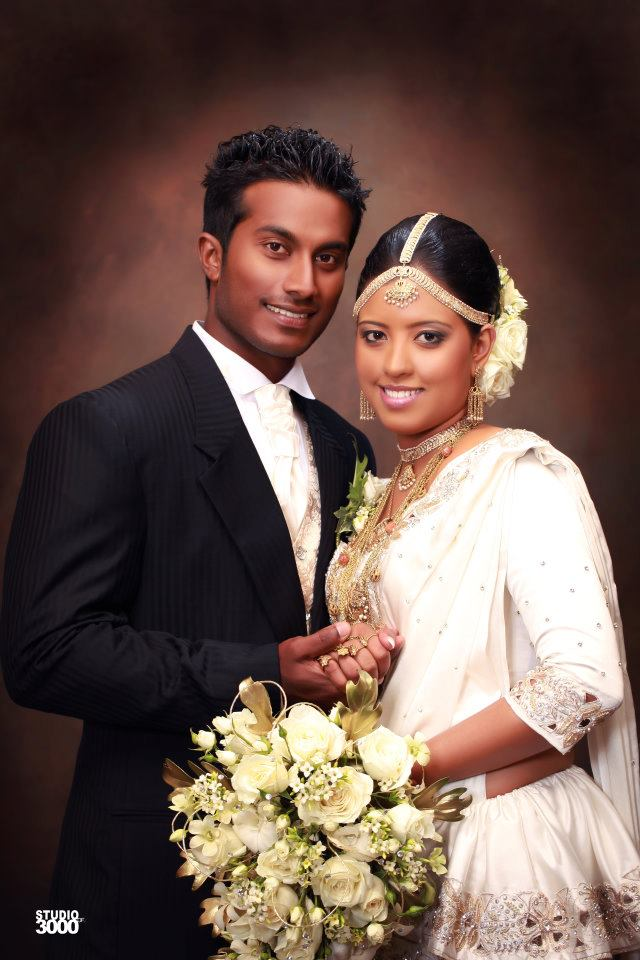 Mahela Udawatte's wedding photos (1)