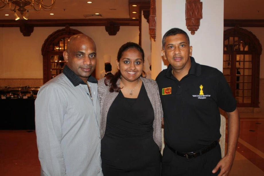 Sanath and Roshan pose with Arjuna's daughter