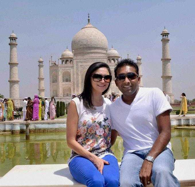 Mahela and Christina at the Taj Mahal