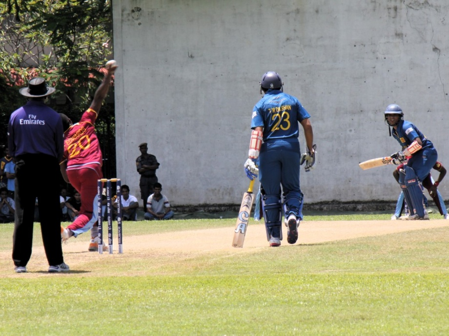 Munaweera batting during WT20 warm-up vs West Indies