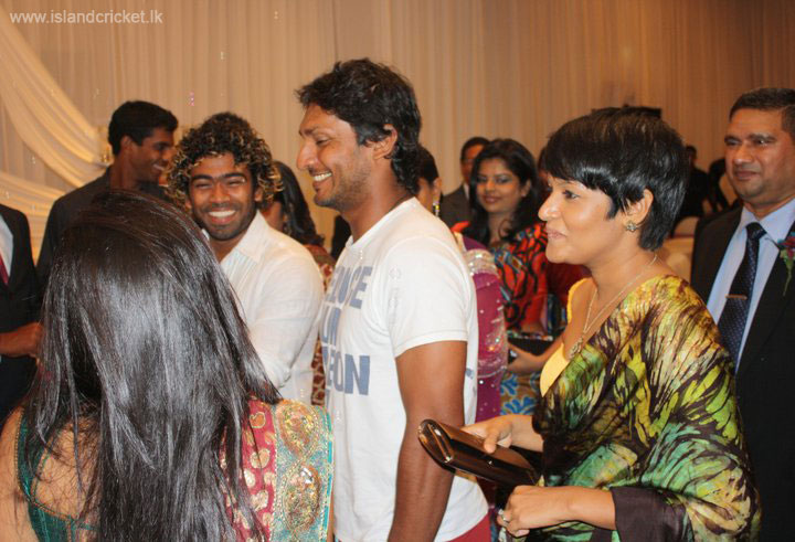 Malinga and Sangakkara at Ajantha Mendis' wedding reception