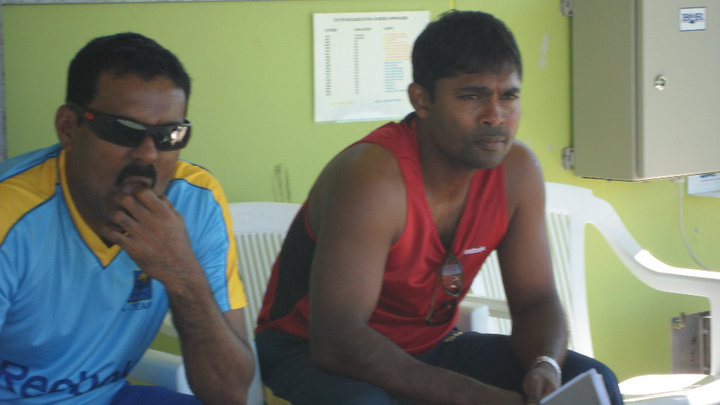 Kaluwitharana and Samaranayake in the dug out