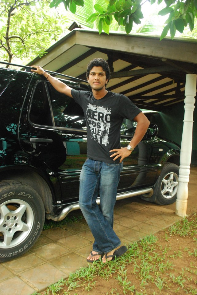 Chandimal posing for a pic