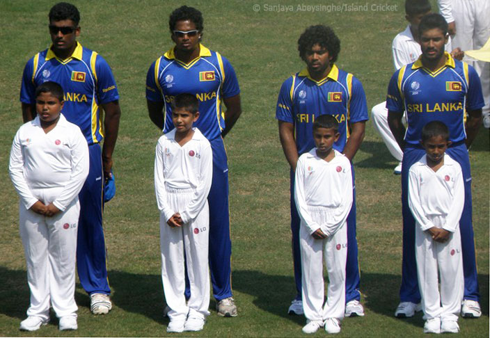 Perera, Fernando, Malinga and Kapu during the national anthem