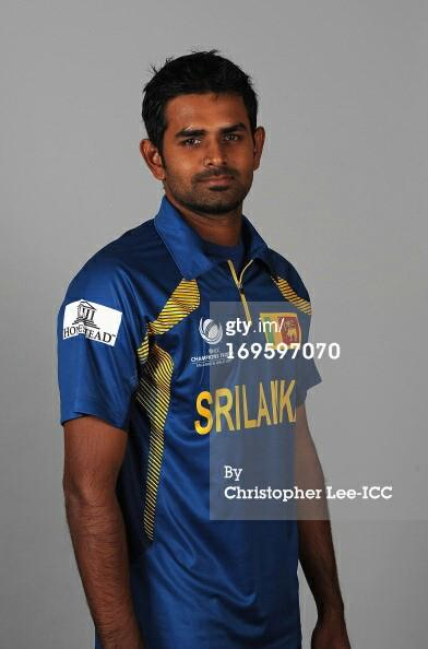 Thirimanne sporting Sri Lanka's new ODI Jersey for Champions Trophy 2013