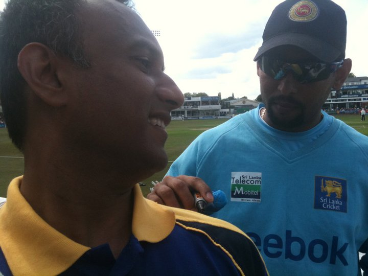 Talking to Dilshan