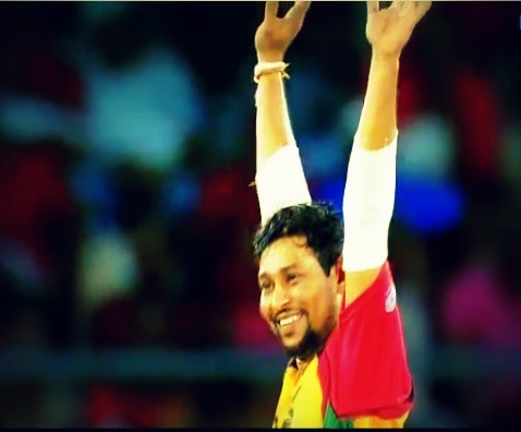 CPL 1st semi final: Dilshan celebrating a wicket