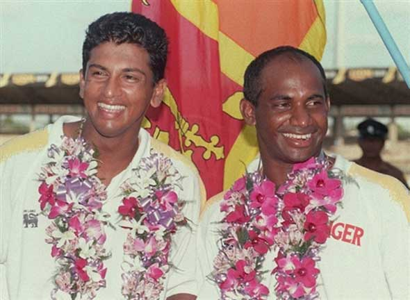 Photo: Mahanama and Jayasuriya celebrate their world record