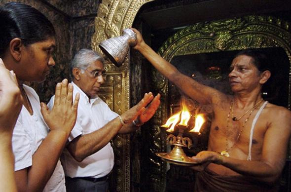 Mahela Jayawardene's parents