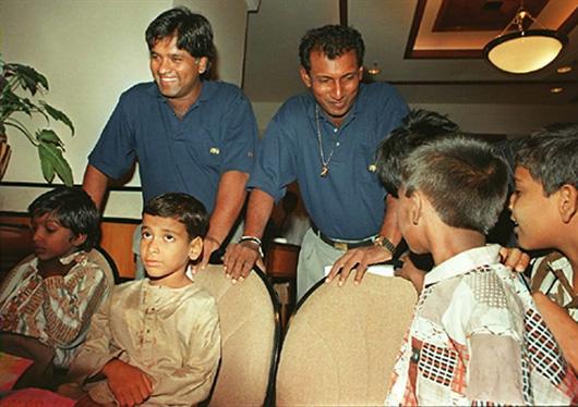Arjuna Ranatunga and Aravinda de Silva