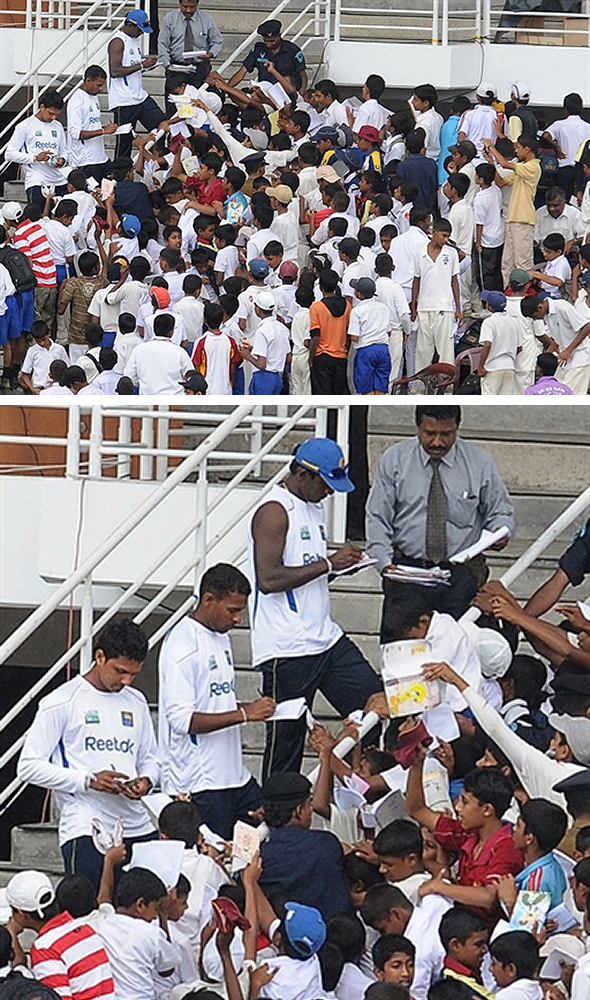 Sri Lanka cricketers sign autographs for fans
