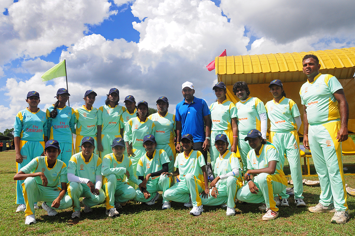 Day 1 in pictures - Murali Harmony Cup 2013