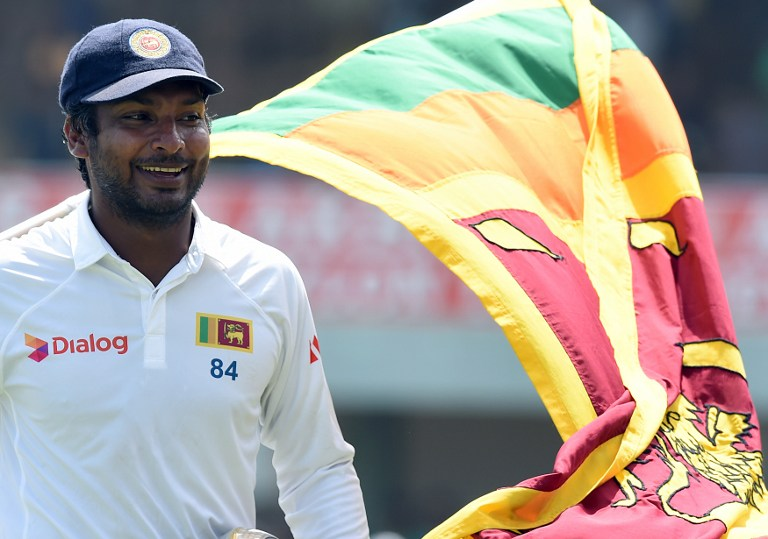 Sri Lankan cricketers carry Kumar Sangakkara