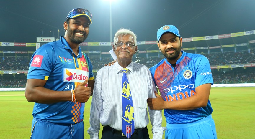 Captains Rohit Sharma and Thisara Perera pose with Percy